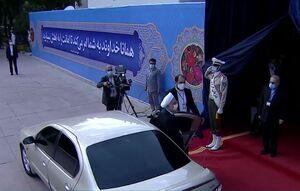 فیلم/ ورود حسن روحانی به مراسم تحلیف