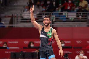 پیروزی رضا اطری مقابل نایب قهرمان جهان