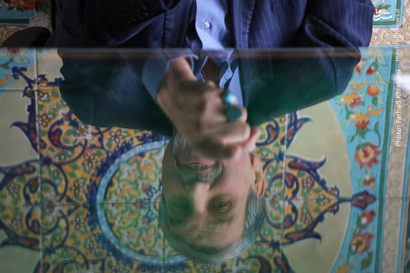 قرار نیست عقلمان را کنار بگذاریم تا خاتمی برای اصلاحات تصمیم بگیرد/ دولت روحانی بیعرضه بود و مسئولیت دولت را میپذیریم/ ستاد انتخابات اصلاحطلبان حزب مجاهدین است/ ظریف شاید نامزد اصلاحطلبان باشد ولی لاریجانی خیر