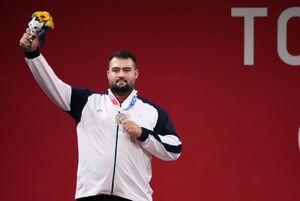 عکس/ داوودی مدال نقره وزنهبرداری المپیک را کسب کرد