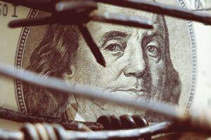 خود را گول نزنید جنگ اقتصادی، نتیجه برجام است