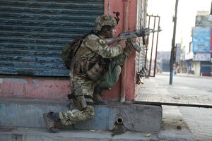 عکس/ حمله داعش به یک زندان در افغانستان