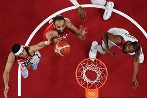 عکس/ رقابت بسکتبال ایران و آمریکا در المپیک