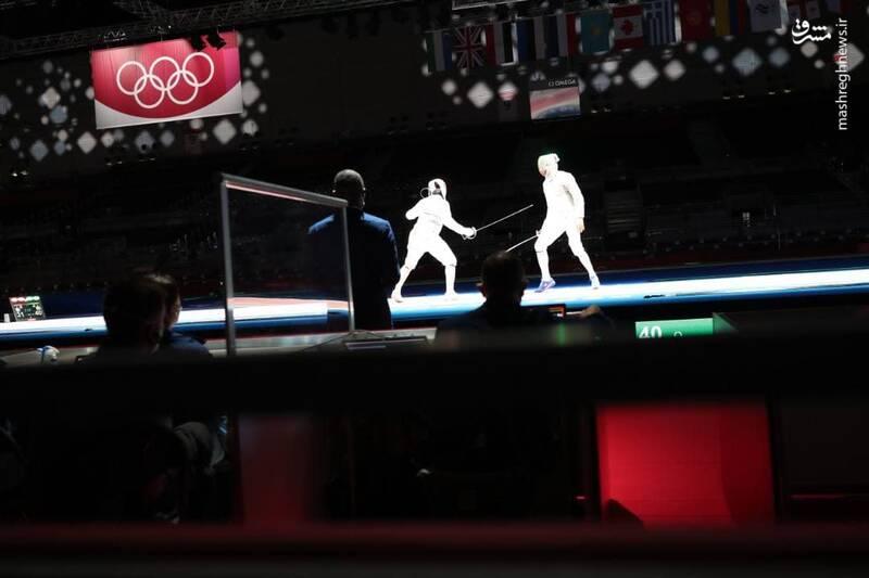 تيم ملی شمشيربازی اسلحه سابر نخستين ديدار خود براي كسب جايگاه پنجم بازیهای المپيک را با پيروزی برابر آمريكا به پايان رساند.