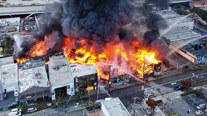 فیلم/ آتش در برجهای مرکز تجارت جهانی