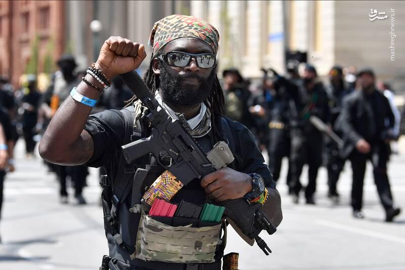 آمریکا تا پنج سال آینده گرفتار شورشهای مسلحانه سازمانیافته خواهد شد