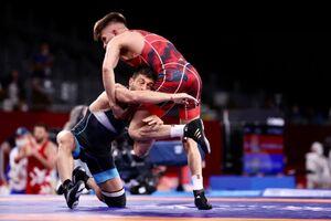 عکس/ پیروزی رضا اطری مقابل نایب قهرمان جهان